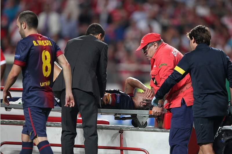 Puyol lesiona-se com gravidade e vai direto para o hospital