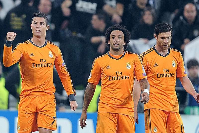 Marcelo falha jogo contra o Borussia de Dortmund