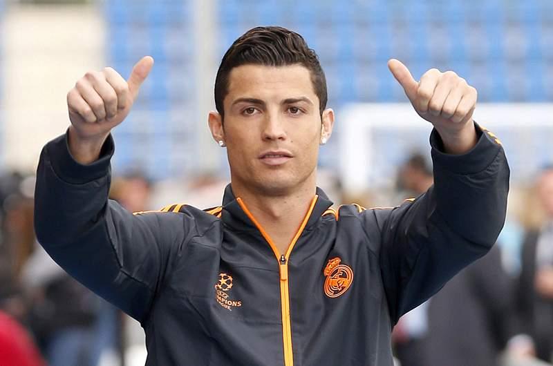 Ronaldo e Diego Costa vão a jogo