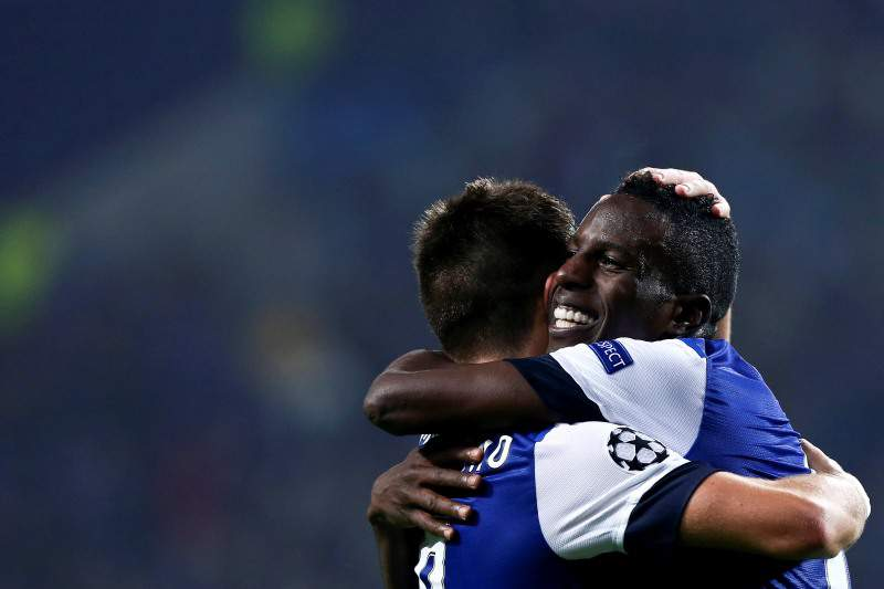 Varela e Moutinho elogiam bom momento dos dragões
