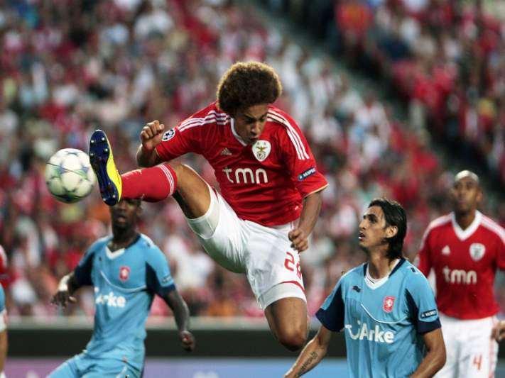 Benfica de primeira rumo à Champions