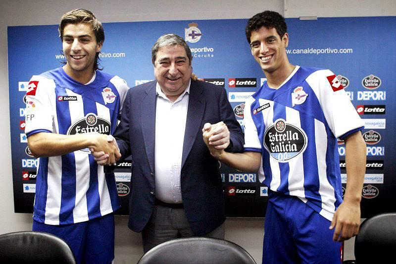 Deportivo da Corunha confirma empréstimo de Diogo Salomão