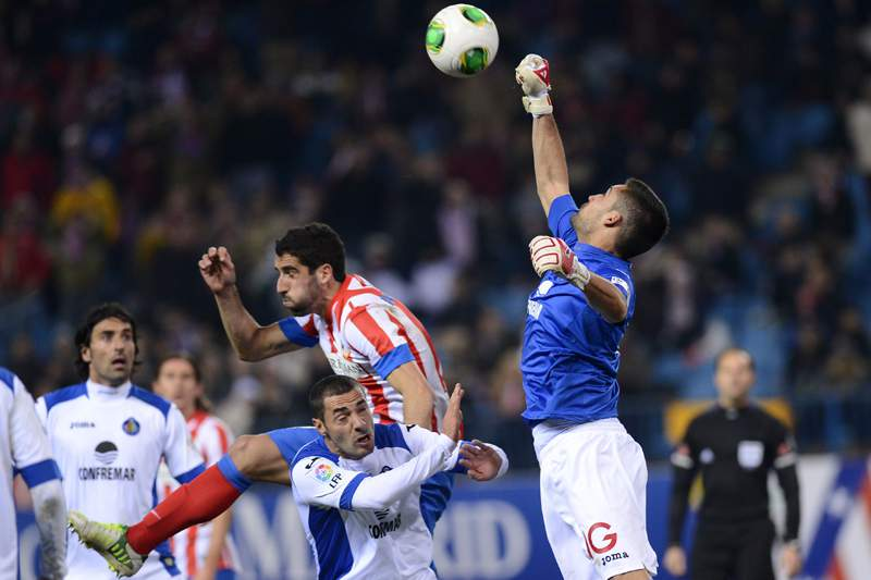 Atlético Madrid contrata guarda-redes Miguel Angel Moya