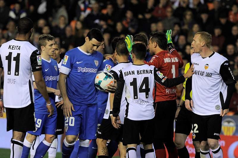 Valência e Athletic de Bilbau empatam a um golo