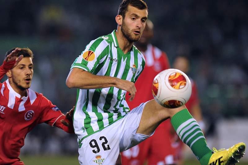 Diogo Figueiras é baixa para receção ao Real Madrid