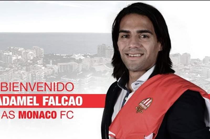 Falcao oficializado no Mónaco