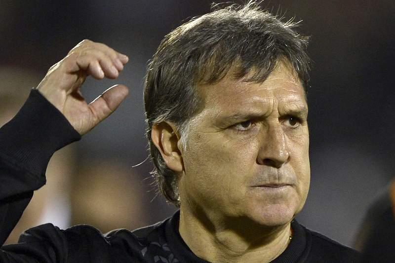 Barcelona confirma Tata Martino como novo treinador
