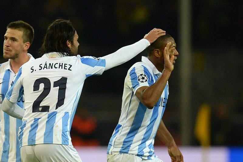 Málaga vence Osasuna com um golo nos descontos
