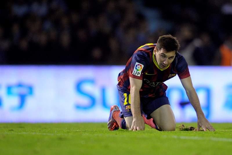 Messi tem rotura muscular de seis centímetros