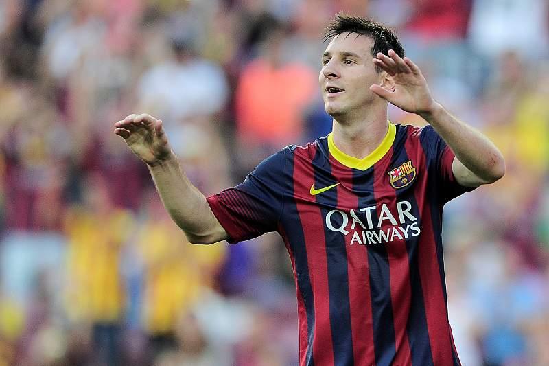 'Bis' de Messi dá vitória ao Barcelona