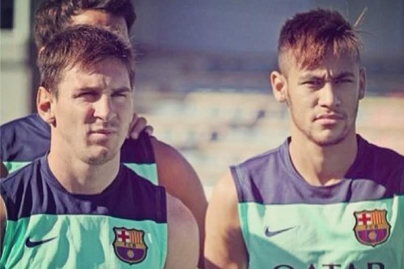 Neymar estreia-se com empate