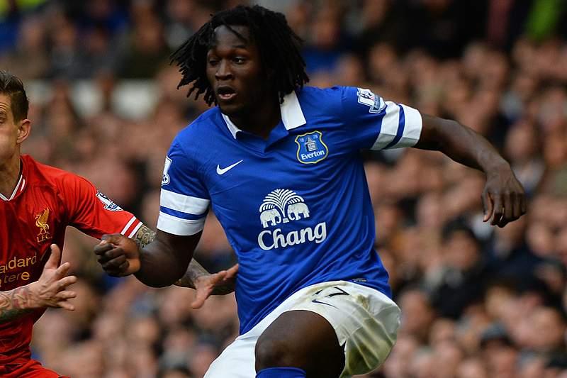 Everton sobe ao quarto lugar da Liga inglesa ao vencer o Swansea por 2-1