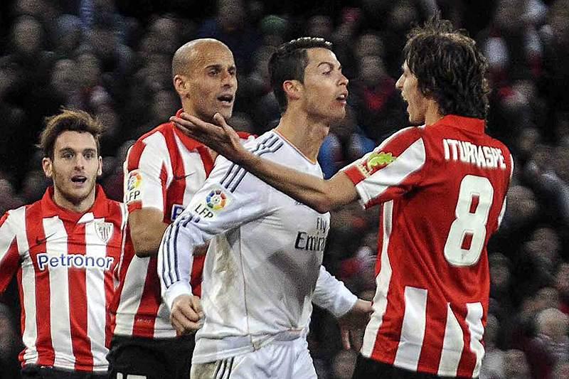 Cristiano Ronaldo vai mesmo cumprir três jogos de castigo