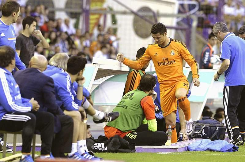 Real Madrid empata e vê o título cada vez mais longe
