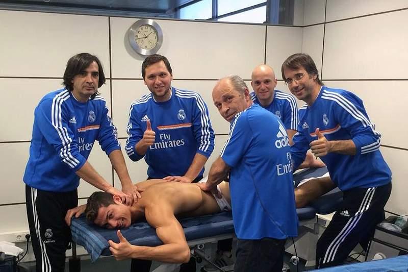 Ronaldo despede-se de 2013 com massagem