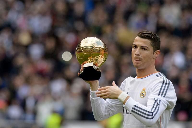Mau tempo impede Ronaldo de levar Bola de Ouro à Madeira