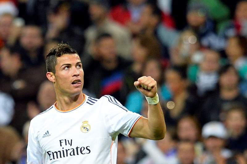 Cristiano Ronaldo ultrapassa Puskas