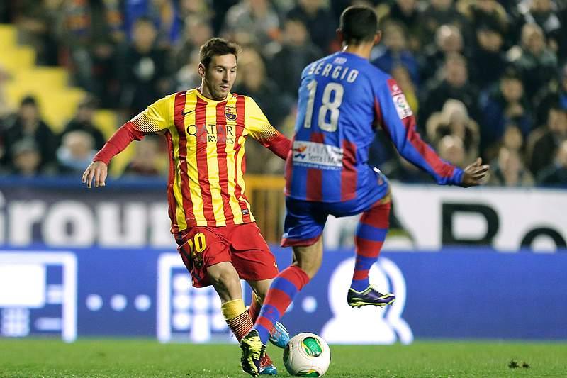 Sérgio Pinto rescinde com Levante