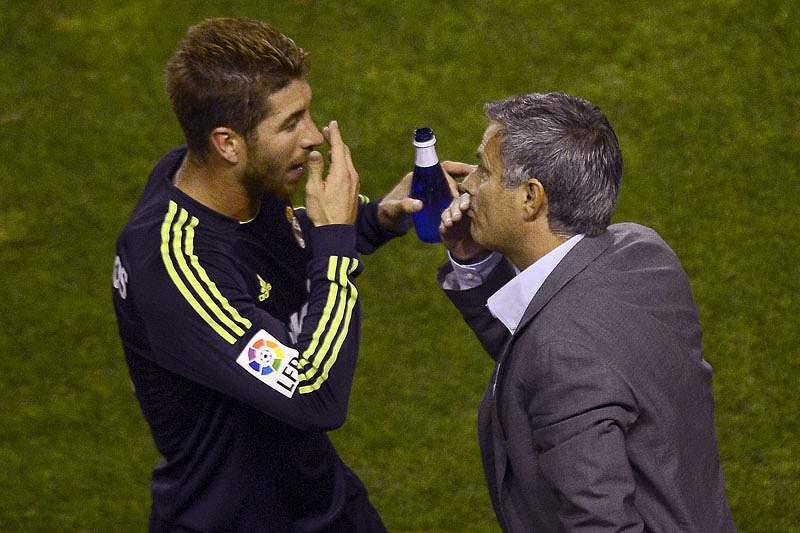 Sérgio Ramos garante que equipa respeita decisões de Mourinho