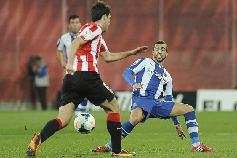 Espanyol impõe primeira derrota caseira ao Athletic, com Simão em destaque
