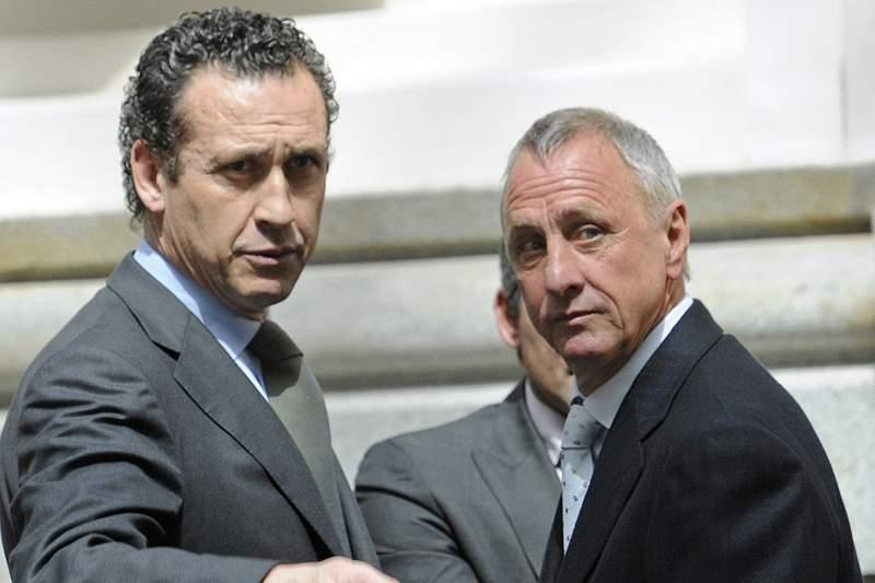Mourinho desconfia que Valdano tem informador no balneário