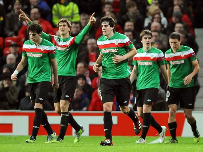 Bascos silenciam Old Trafford