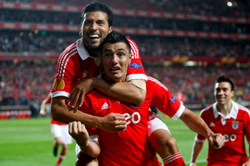 Benfica adia resolução da eliminatória