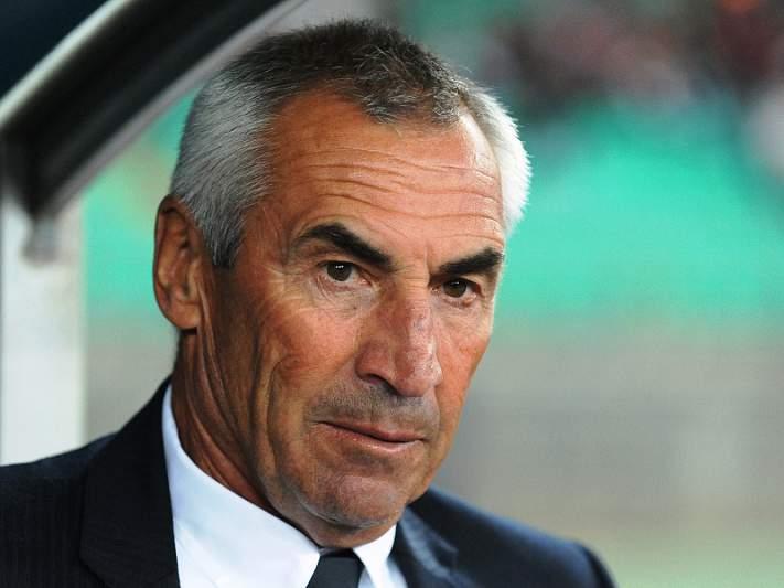 Lazio rejeita demissão de Edoardo Reja