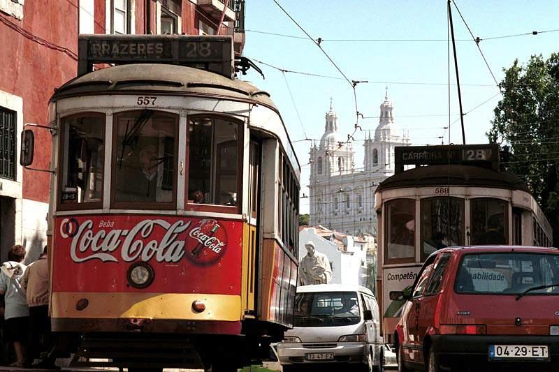Governo aceita decisões de Lisboa e Porto em abdicar do Euro2020