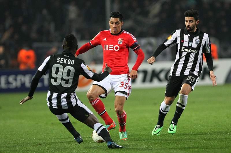 Benfica com vantagem e FC Porto em crise em busca dos
