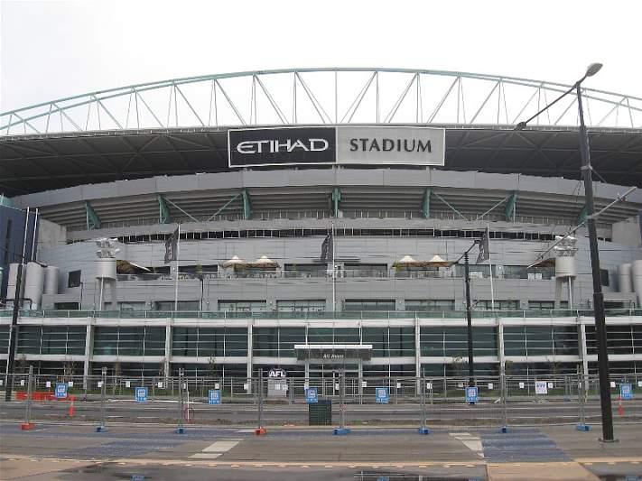 Em casa, manda o Manchester City