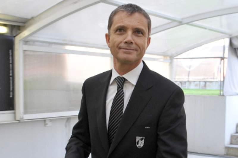 Júlio Mendes admite sair do V. Guimarães para a Liga