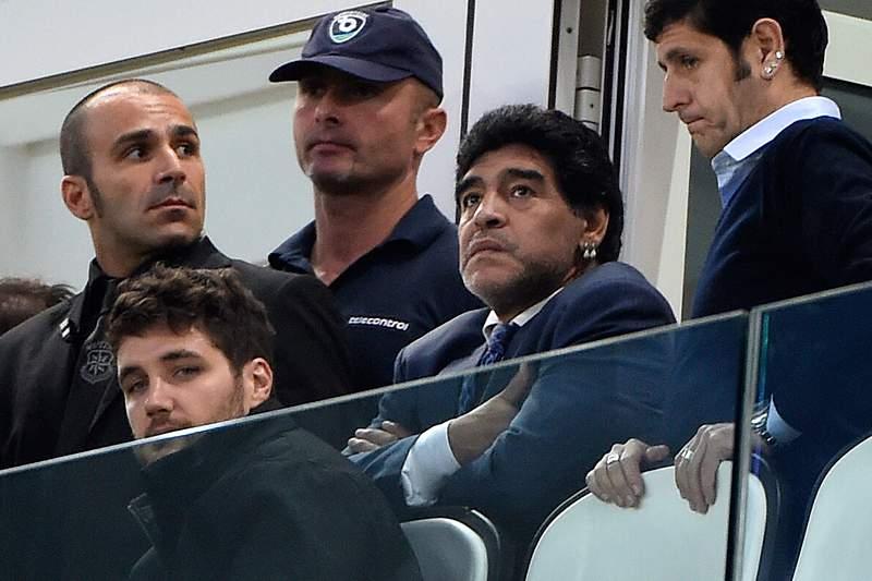 Maradona em Turim para