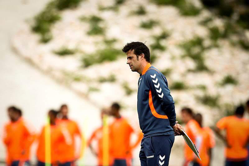 Marco Silva não mexe na equipa para confronto frente ao Friburgo