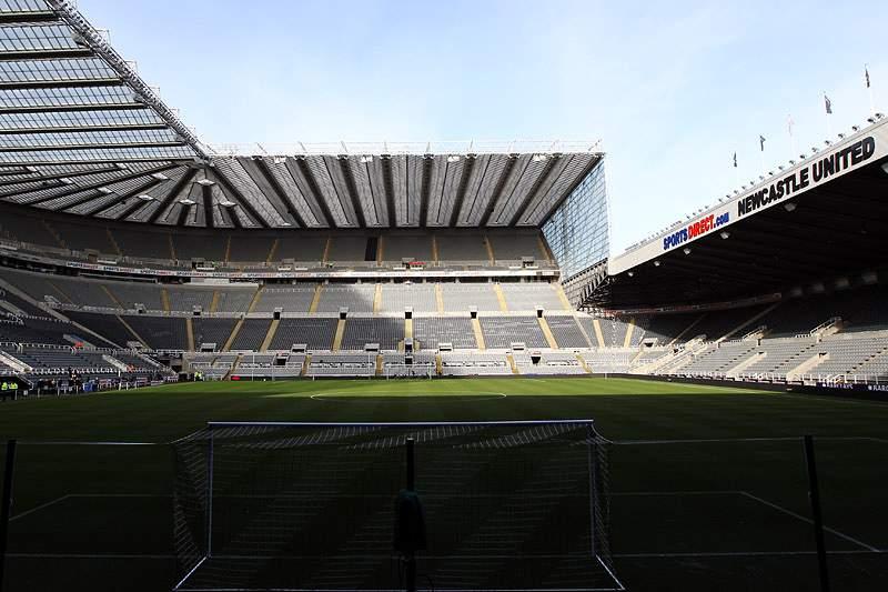 Newcastle-Benfica com lotação esgotada