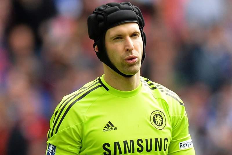 Petr Cech é o guardião da baliza do Chelsea há quase uma década
