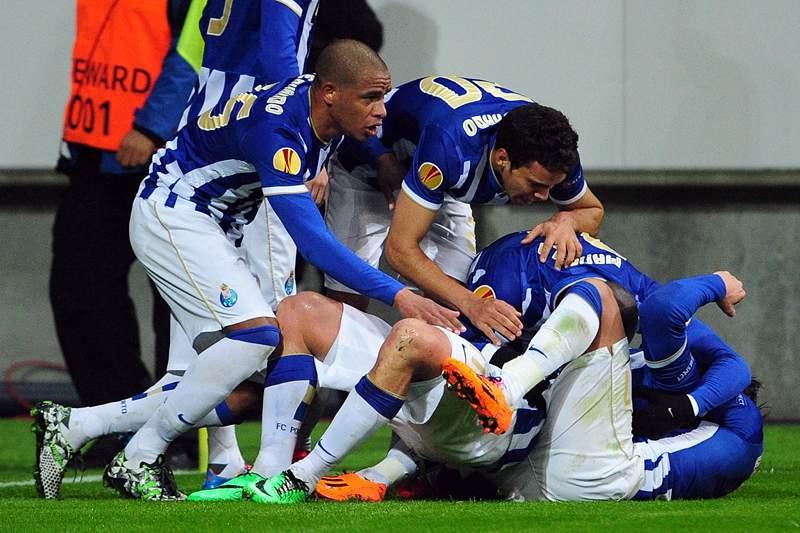FC Porto com alma de Dragão segue em frente