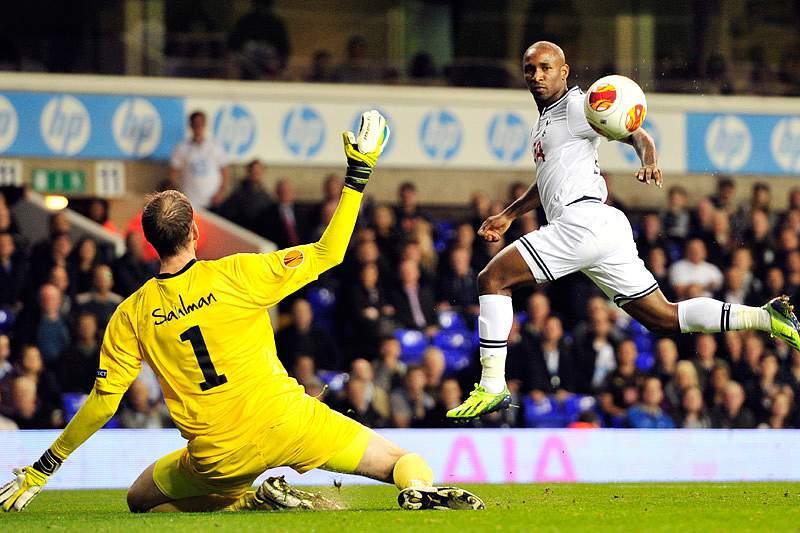 Tottenham de André Vilas-Boas entra a ganhar
