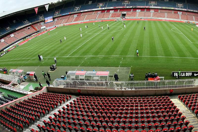 França garante 10 estádios