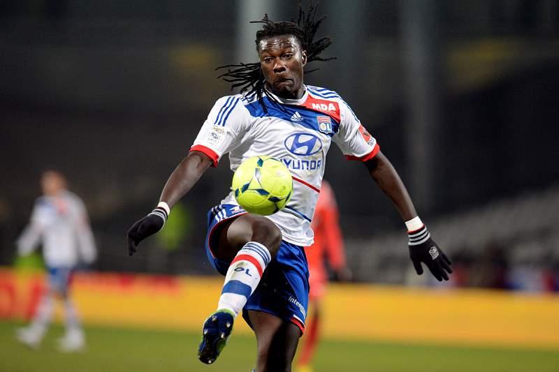 Lyon perde pontos para o líder PSG