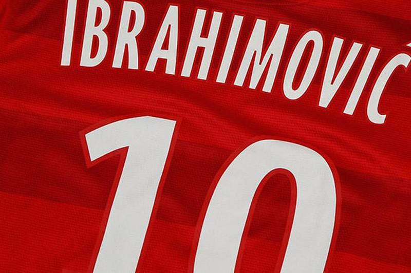Ibrahimovic assume camisola 10