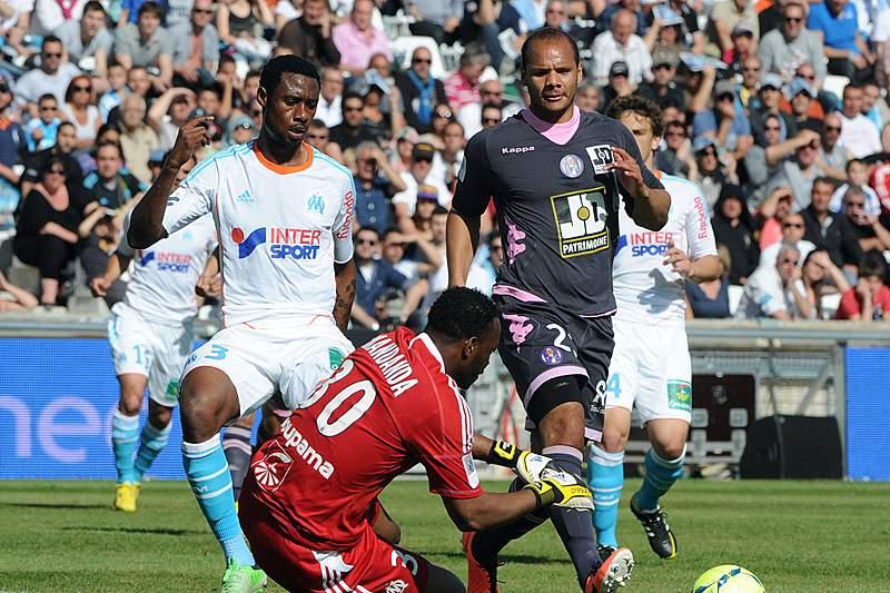Ministro das Finanças francês espera arrecadar 45 ME dos clubes