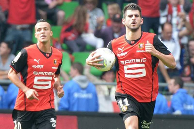 Nélson Oliveira marcou golo do empate do Rennes na receção ao Marselha