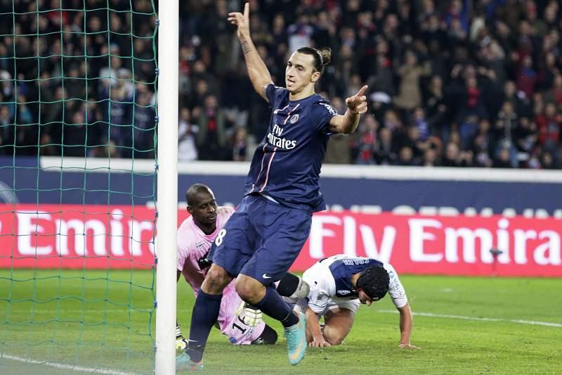 Ibrahimovic dá vitória sobre o Bordéus e liderança ao PSG