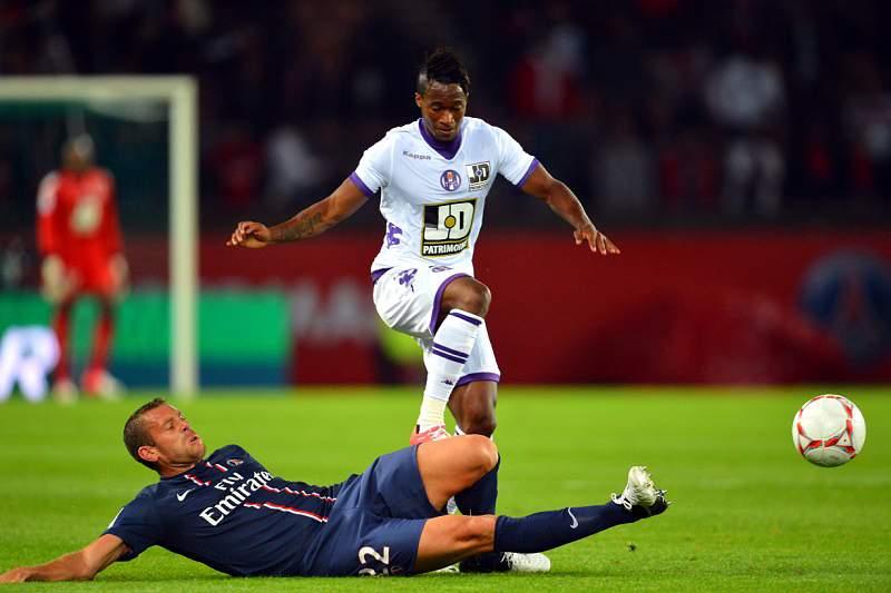Djaló estreia-se com derrota diante do PSG