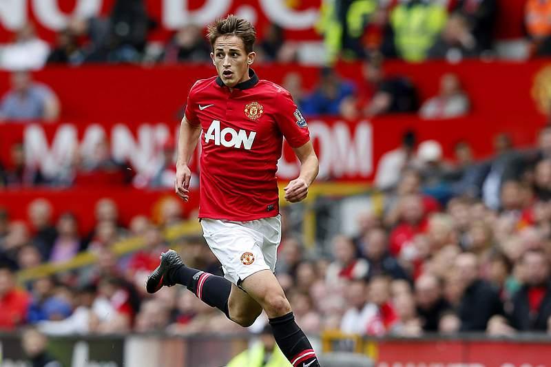 Manchester United renova com promessa Adnan Januzaj