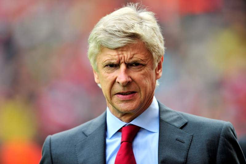 Diretor executivo acredita na permanência de Wenger