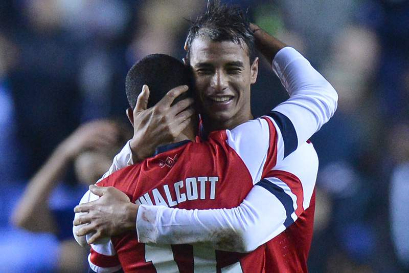 Chamakh troca Arsenal pelo Crystal Palace