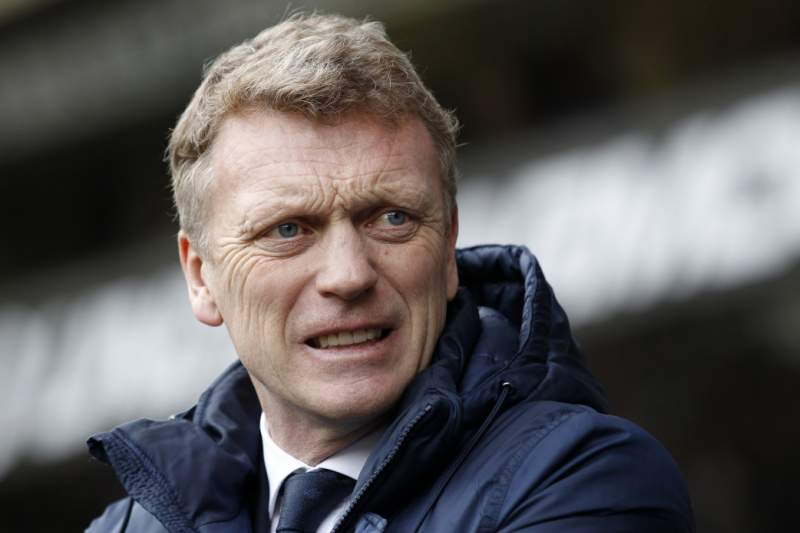 Van Persie vai falhar jogo com o Liverpool