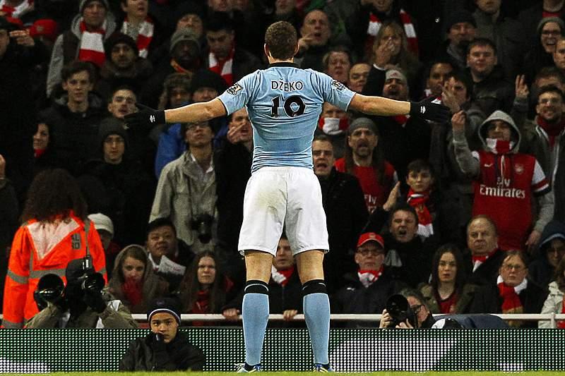 Manchester City carimba acesso direto à Champions